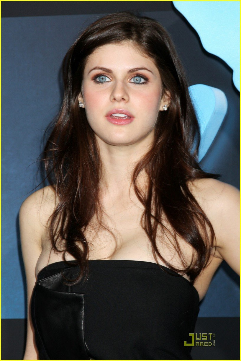 Twitter Alexandra Daddario naked (45 foto and video), Tits, Paparazzi, Boobs, braless 2006